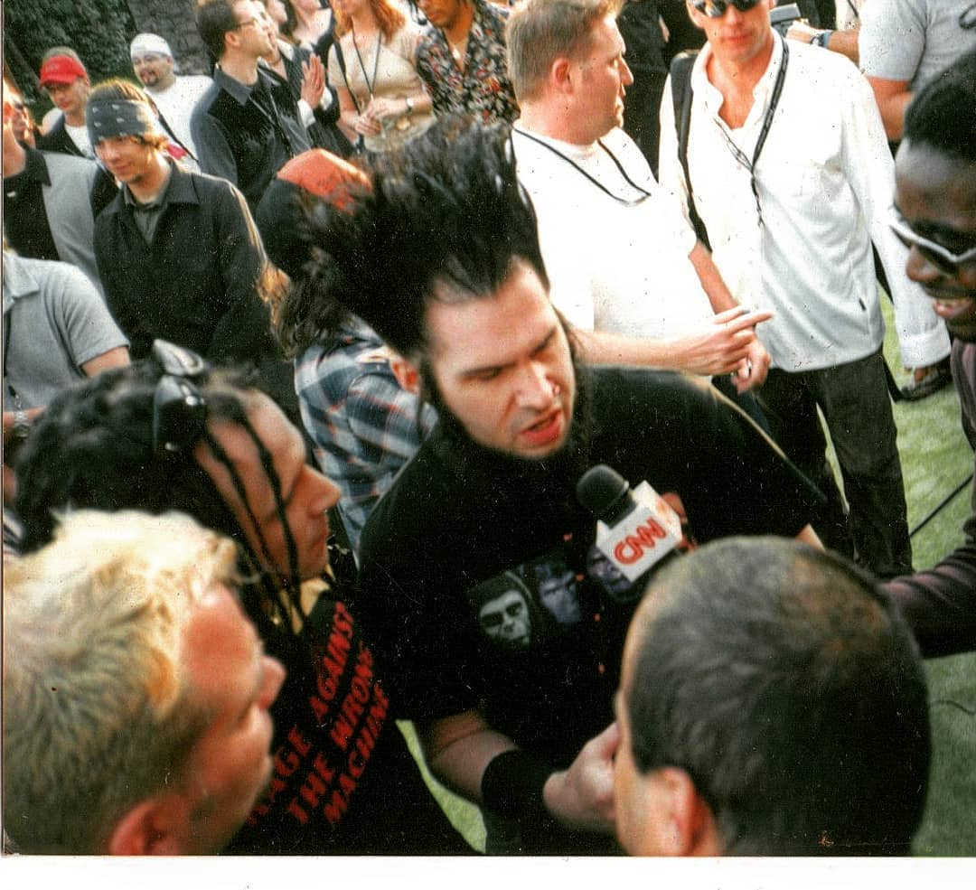 Tripp with Static-X in 2001, interview with CNN.#staticx #trippeisen #waynestat...